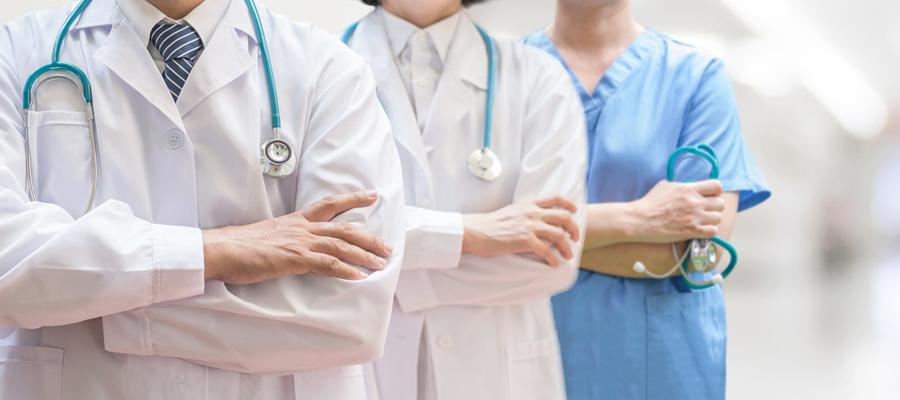 médecin spécialiste